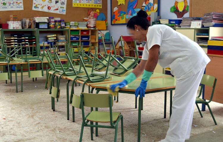 El TSJA da la razón a las trabajadoras que denunciaron a la empresa encargada de la limpieza de edificios municipales