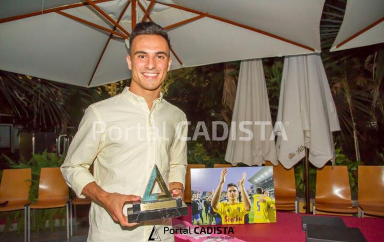 Álvaro García suma su segundo «Trofeo Portal Cadista»