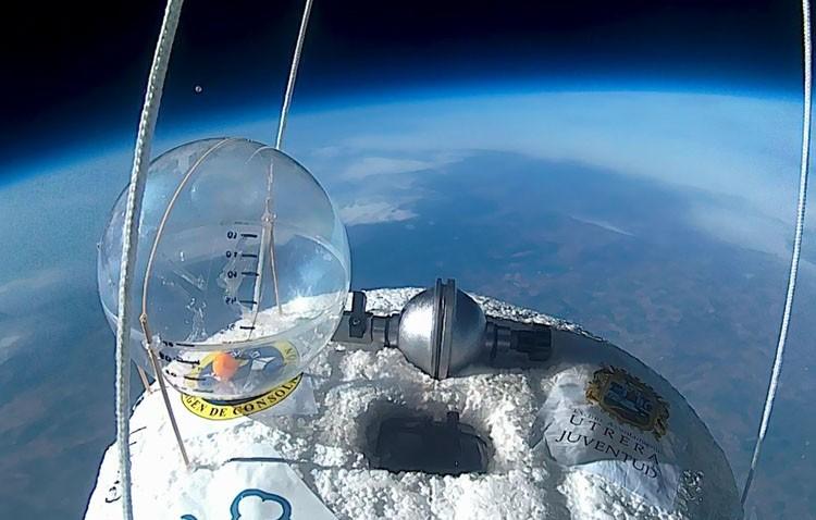 Los estudiantes de Utrera exploran la estratosfera