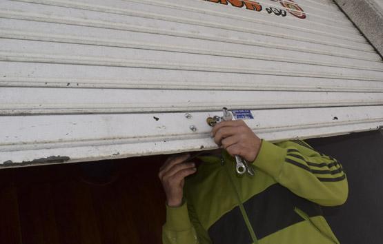 Detenido en Utrera por robar dos jamones estando en arresto domiciliario