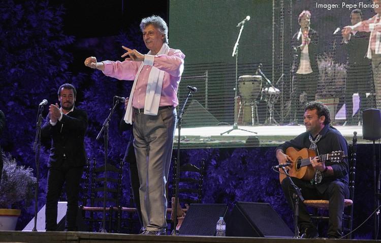 Noche de compás flamenco en un Potaje Gitano que rindió tributo a El Funi (GALERÍA)