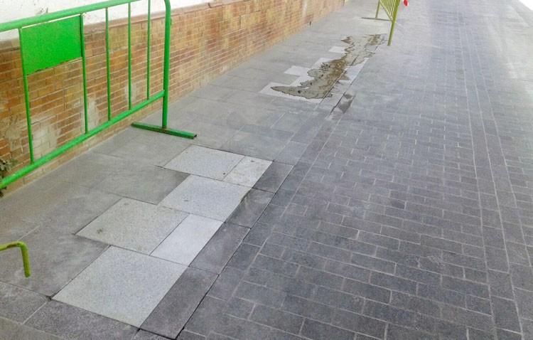 El PA denuncia que los «caprichos» de Villalobos ya han provocado roturas y hundimientos en la calle Menéndez Pelayo