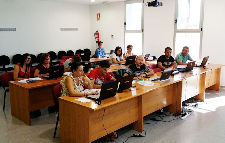 Comienzan los cursos de nuevas tecnologías de la Junta de Andalucía