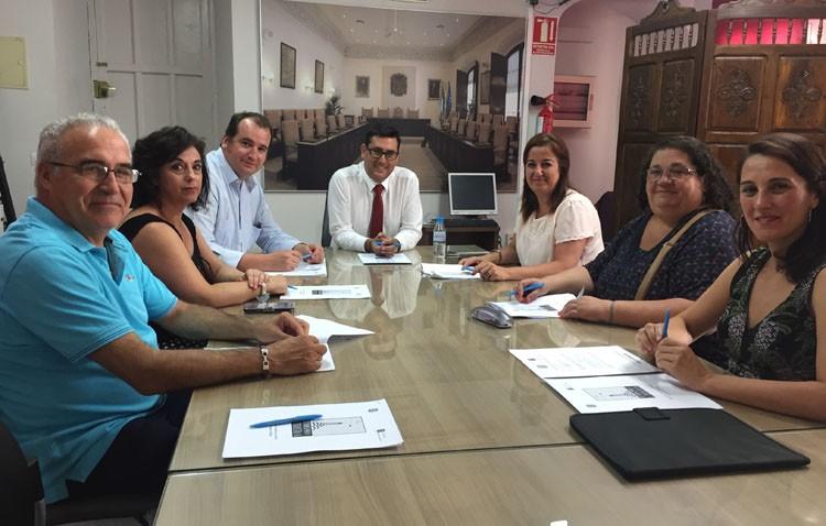 Utrera constituye la «mesa de calidad del destino» para mejorar la calidad y la oferta de los servicios turísticos