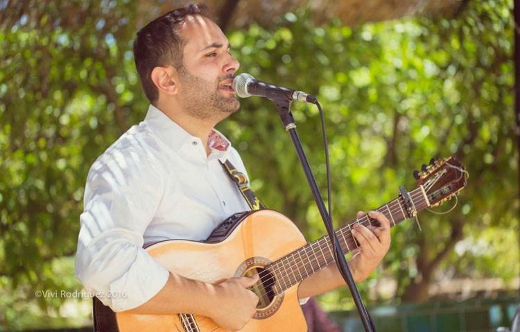 El cantante Abel Romano prepara su segundo disco en solitario