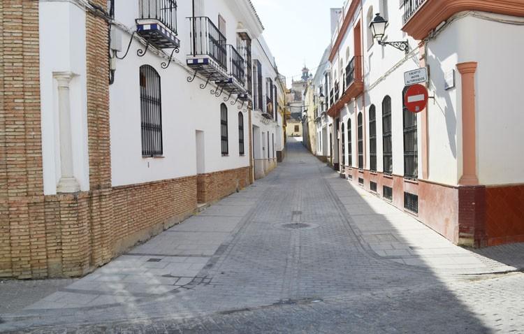 Culmina la reurbanización de los 130 metros de la calle Antón Quebrado, tras casi un año en obras