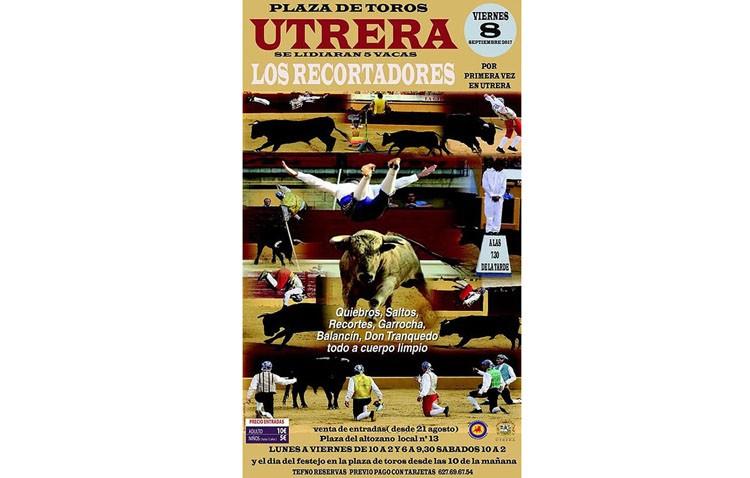 Espectáculo de recortadores en la plaza de toros de Utrera
