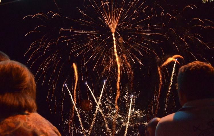 Los Fuegos Artificiales De La Feria Mas Caros Que En 2016 Pese A Su
