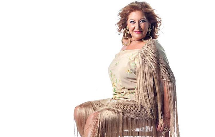 María de la Colina y la orquesta Elegidos, protagonistas en la caseta municipal