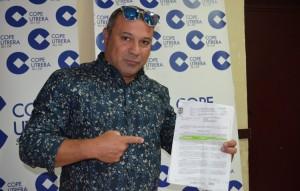 Javier Campanario, con la multa enviada por el Ayuntamiento