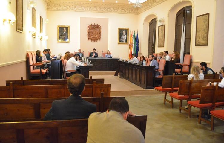 Las luces y sombras del gobierno de Villalobos, protagonistas en el primer debate del estado de la ciudad de Utrera (AUDIO)