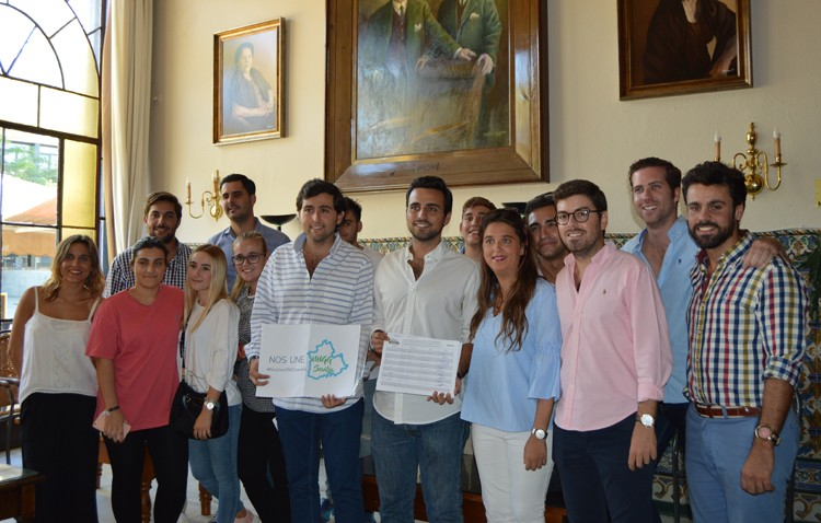 Pedro González recibe apoyos utreranos para su candidatura a liderar las Nuevas Generaciones del PP provincial