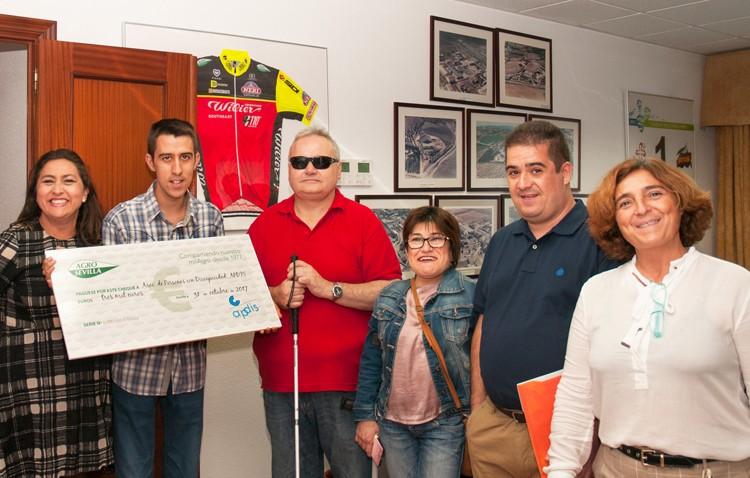 Apdis recibe una subvención de 3.000 euros de AgroSevilla