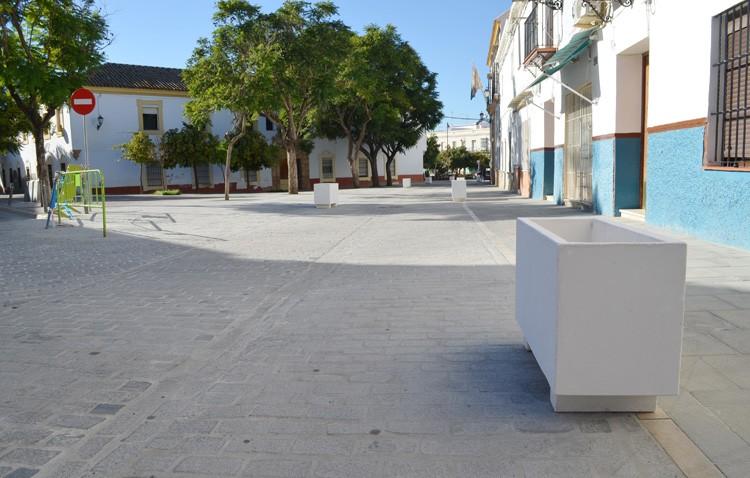 Villalobos da marcha atrás por la presión vecinal y desecha peatonalizar parte de Catalina de Perea