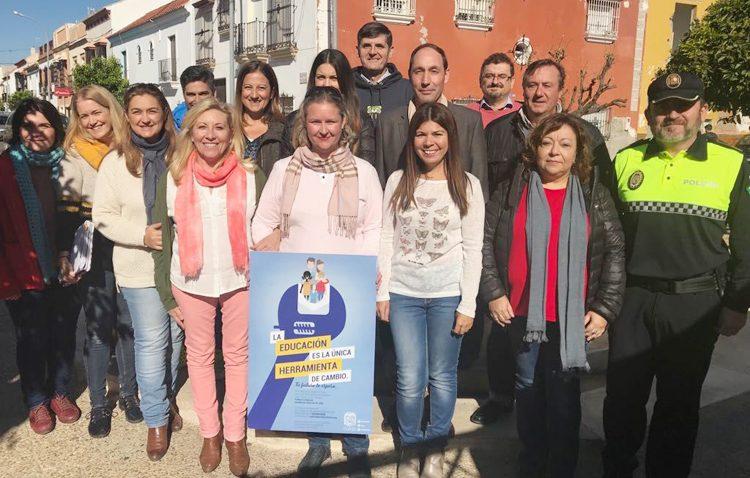 Una campaña municipal para luchar contra el absentismo escolar