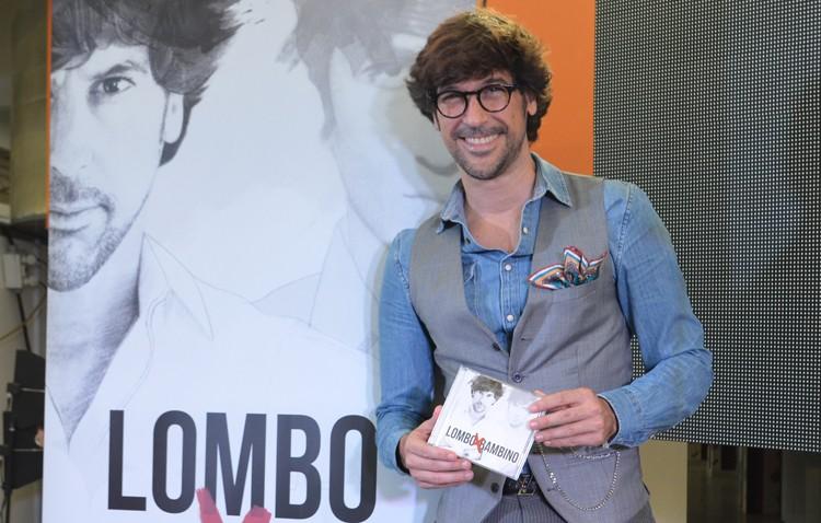 Manuel Lombo firmará ejemplares de su nuevo disco, el día 14 en el teatro de Utrera