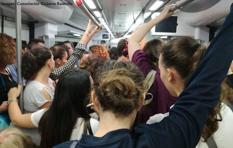 Una campaña de recogida de firmas reclama más plazas en los trenes de Cercanías tras la merma con el cambio de trenes