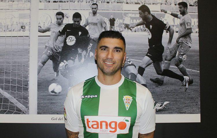 El futbolista utrerano José Antonio Reyes ficha por el Córdoba