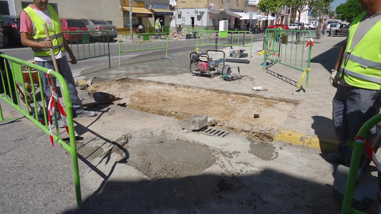 El Ayuntamiento privatiza el mantenimiento urbano de las calles y los espacios públicos