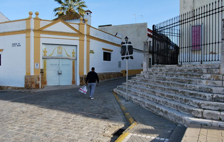 Entran en vigor las nuevas calles peatonales en Santa María y el cambio en la calle Arenal