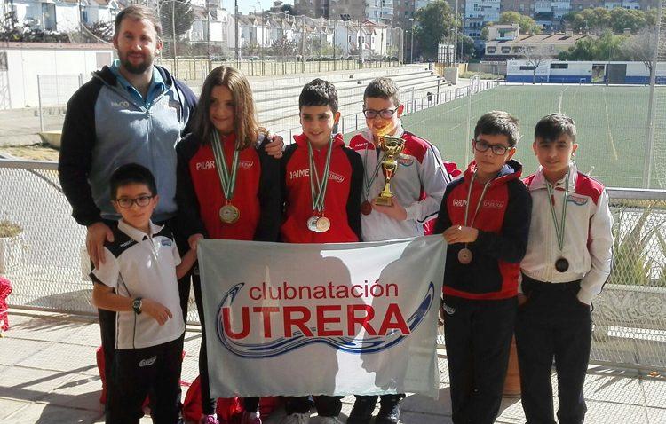 El Club Natación Utrera obtiene plaza para los campeonatos de Andalucía Alevín