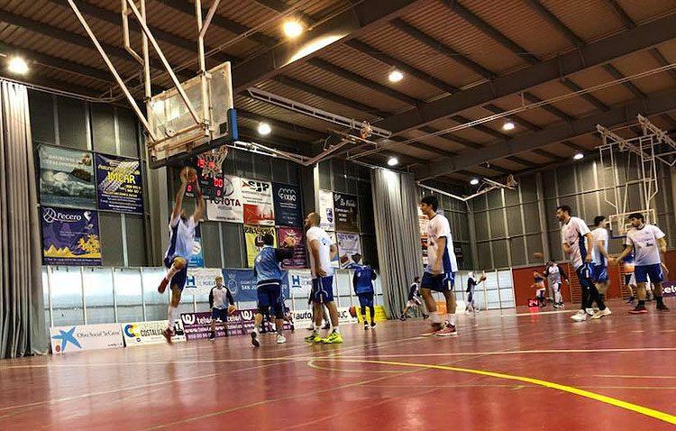 El Club Baloncesto Utrera se da un festín en San Juan del Puerto pero no consigue pasar a playoffs (65-97)