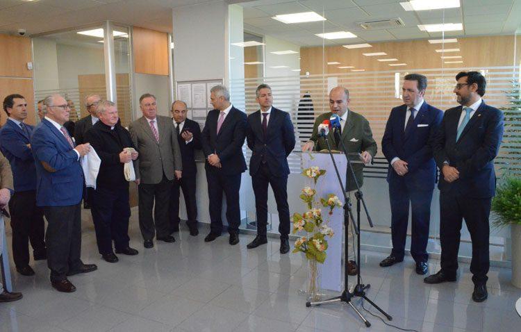 Caja Rural de Utrera abre una nueva oficina dedicada especialmente a las empresas (IMÁGENES)