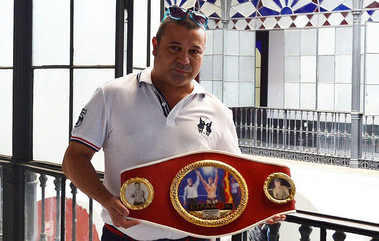 Surge una plataforma con el objetivo de reivindicar el Mostachón de Oro para el boxeador Javier Campanario