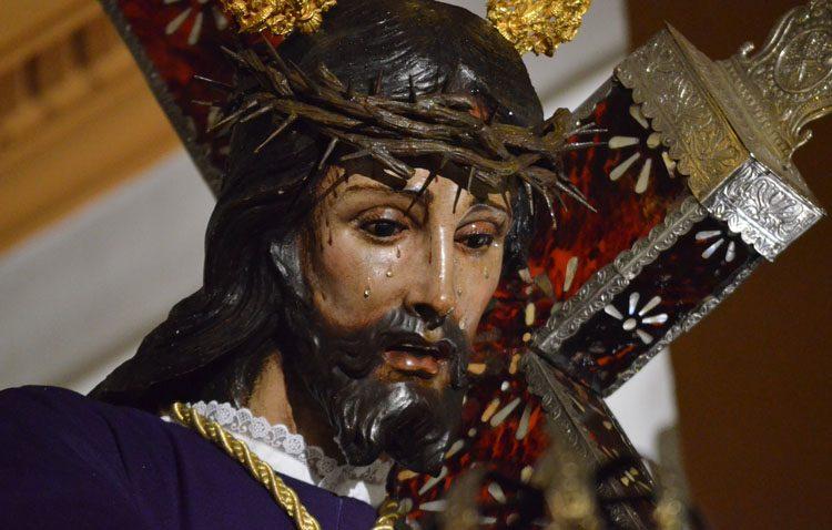Tres días de besamanos a Jesús Nazareno
