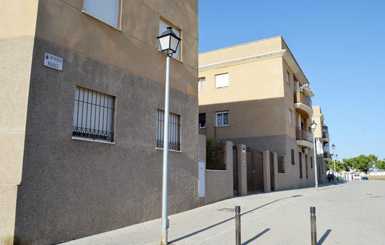 El PA denuncia que Villalobos «se niega a informar» sobre las viviendas sociales en manos de los bancos y el PSOE responsabiliza a los andalucistas