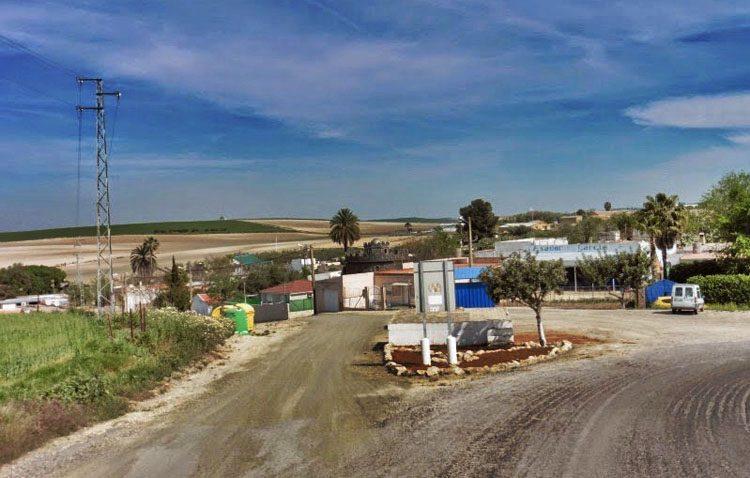 Podemos denuncia la «situación inhumana» de los utreranos que viven en La Cañada