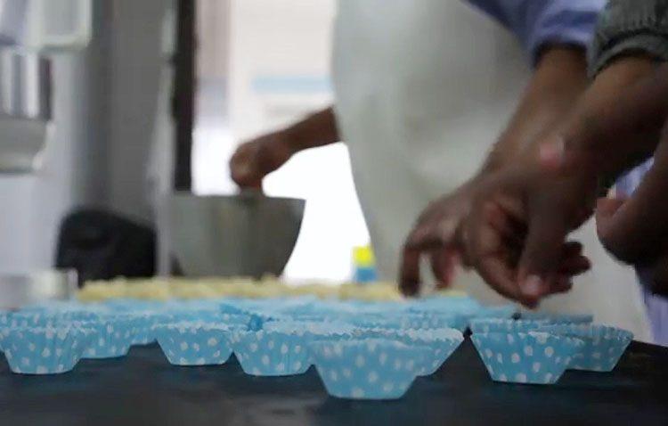 Los secretos reposteros de las Madres Carmelitas de Utrera, recogidos en un vídeo promocional de sus dulces (VÍDEO)