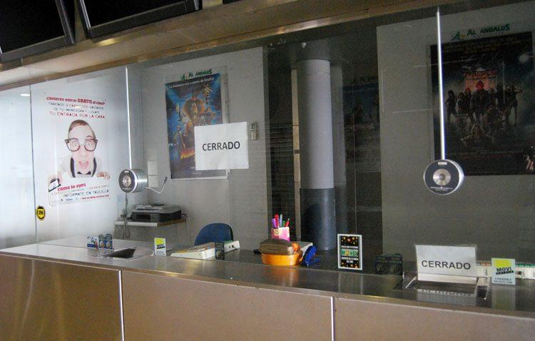 Los cines de Utrera bajan su precio casi 400.000 euros porque siguen sin compradores