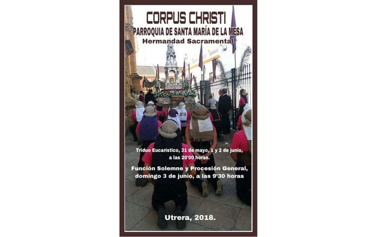 El Santísimo sale a las calles del barrio de Santa María en la procesión del Corpus Christi