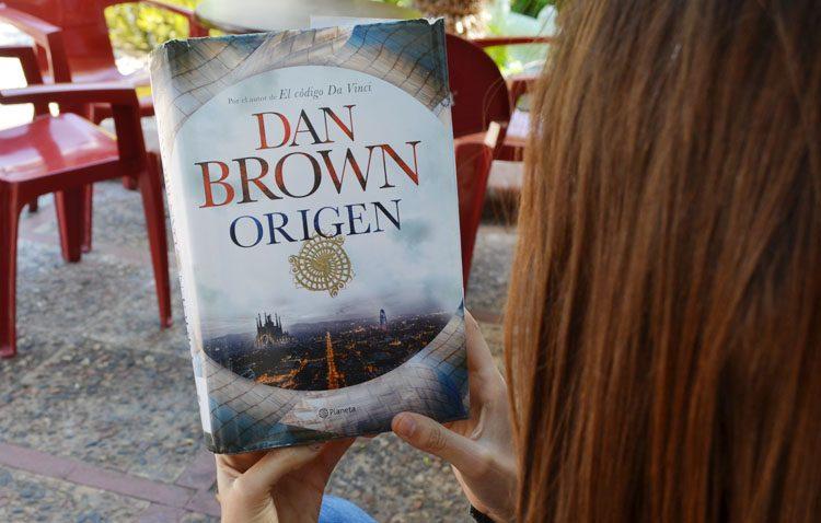 El famoso escritor Dan Brown incluye la basílica de El Palmar de Troya en su última novela