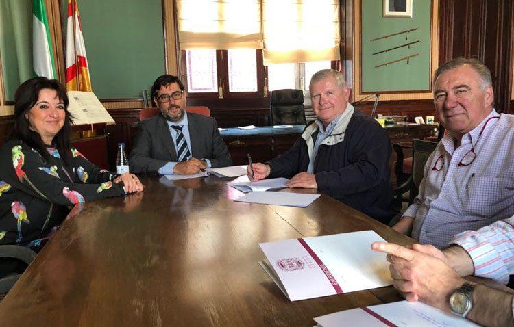 Un nuevo impulso para continuar la recuperación de las parroquias de Santa María y Santiago