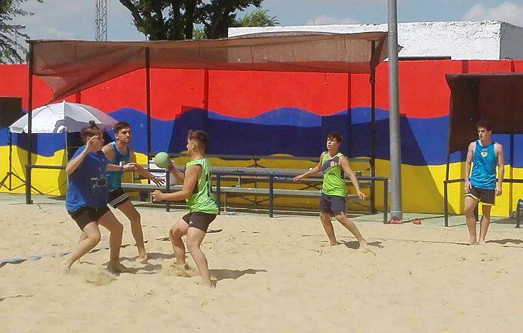 El equipo infantil masculino del Balonmano Playa Utrera, campeón de su categoría en el Arena Handball Tour