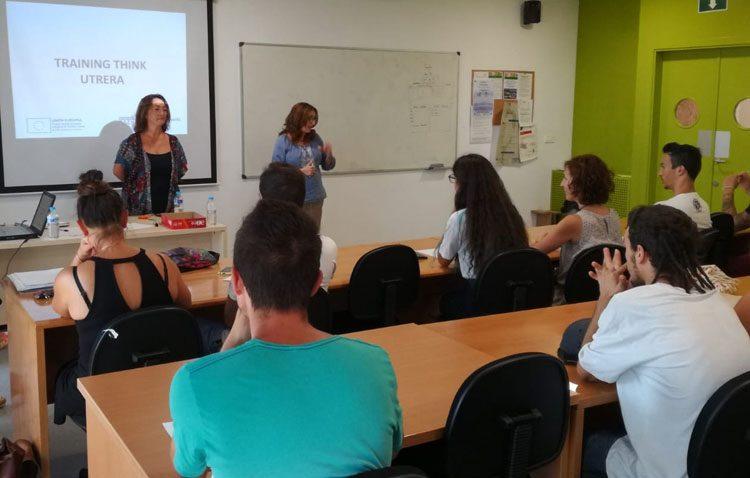 Sesión informativa para nuevas becas juveniles de formación