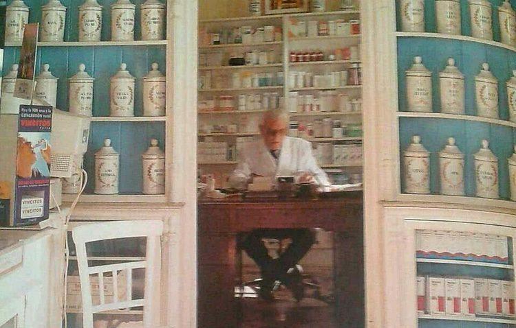 Fallece Juan Díaz de la Serna, el farmacéutico de la calle Ancha