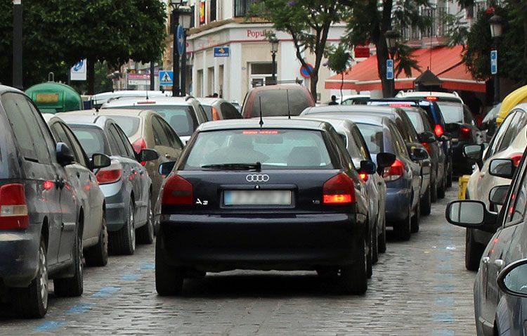 El parque móvil de Utrera se dispara en dos años con la incorporación de 2.000 vehículos más por la ciudad