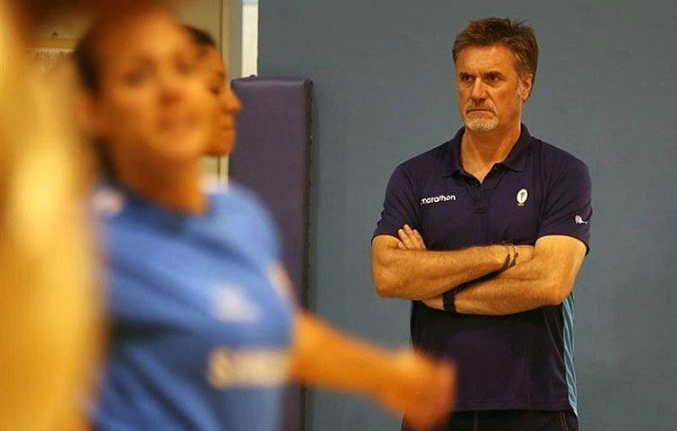 El utrerano Paco Hervás aterriza en Perú como nuevo seleccionador nacional del equipo femenino de voleibol