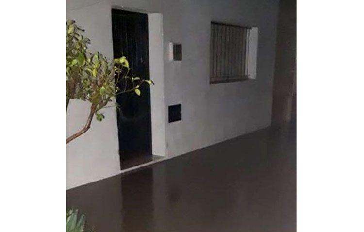 Juntos por Utrera acusa a Villalobos de «dejadez» como alcalde y vicepresidente del Huesna ante la inundación de Pinzón