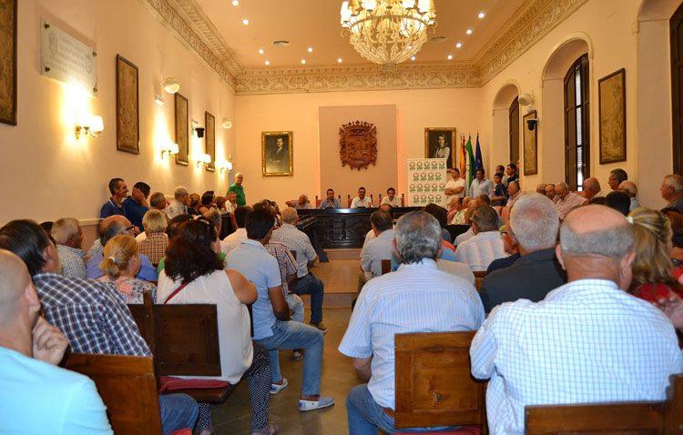 Una reunión en Utrera para abordar el futuro de la aceituna de mesa y reclamar precios justos para los productores