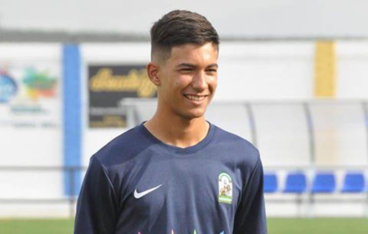 El futbolista utrerano Diego Jiménez, convocado por la Selección Andaluza Sub-16