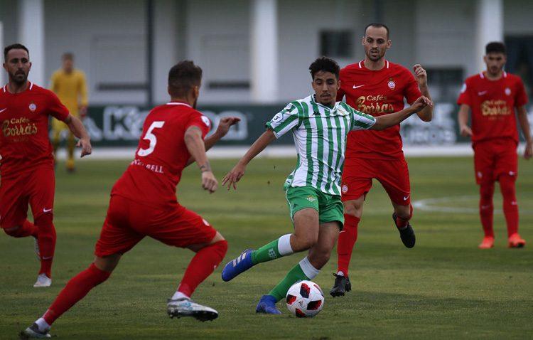 BETIS DEPORTIVO 1 – 1 C.D. UTRERA: Un Utrera de menos a más pone al Betis Deportivo contra las cuerdas