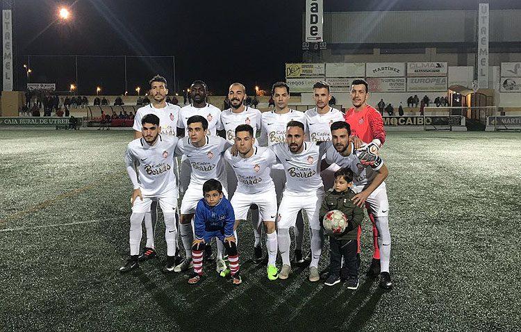 C.D. UTRERA 1 – 0 UNIÓN BALOMPÉDICA LEBRIJANA: El gol de Toni mantiene al Utrera en lo alto