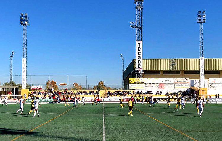 C.D. UTRERA 0 – 0 SAN ROQUE DE LEPE C.D.: Empate que mantiene al Utrera en la cabeza de la clasificación
