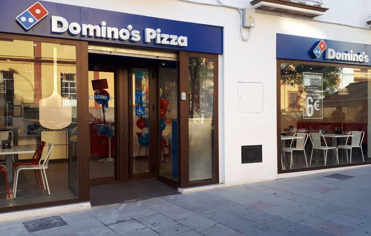 Domino's Pizza inaugura su primer establecimiento en Utrera creando 35 nuevos puestos de trabajo
