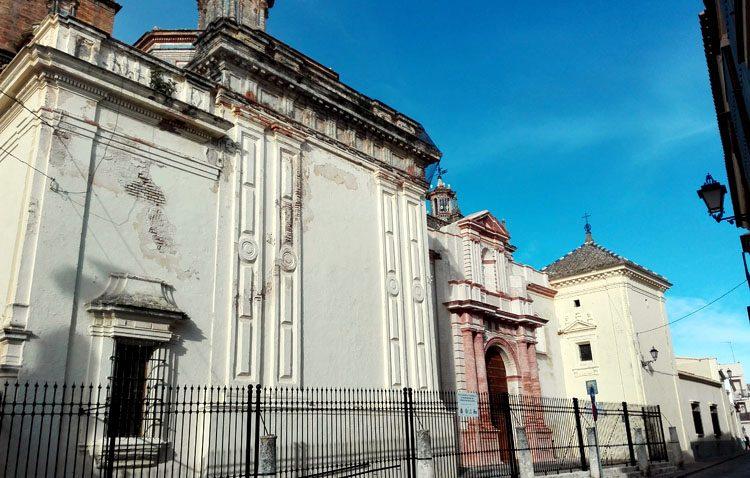 Luz verde a la restauración de las cornisas de la capilla del Sagrario de Santa María