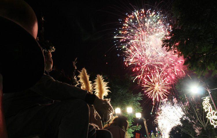 La cabalgata de los Reyes Magos desborda de ilusión y alegría las calles de Utrera (GALERÍA, VÍDEO Y AUDIO)